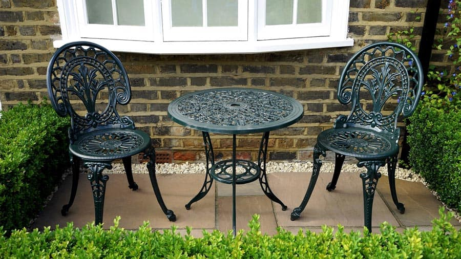Cast Iron Table_Chairs